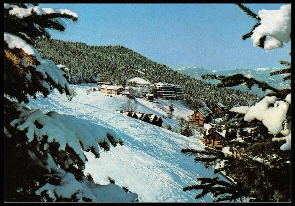 """La cartolina del martedì – MONTECAMPIONE (BS) m.1200 s.m. Panorama invernale e """"Laghetto"""" ghiacciato edita da Ediz. Foto Libero Lacenere – Breno"""